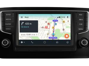 We may be one step closer to seeing Waze on Android Auto