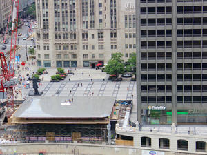 Apple's new Chicago store will have a giant MacBook on its roof