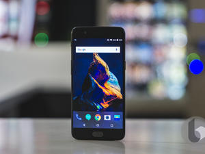 OnePlus 5 ads are appearing on older OnePlus devices