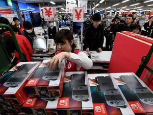 Nintendo is crushing sales charts all around the world so far in 2017