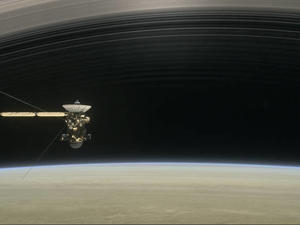 NASA's spacecraft prepares for daring Saturn encounter before plunging to its death