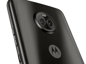 Android 8.1 Oreo making the rounds to a Moto phone
