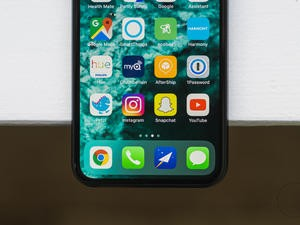 iPhone X and iPad Pro displays crowned as the best