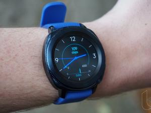 Gear S4 might debut as the Galaxy Watch, run Wear OS