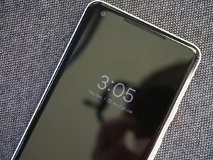 Don't fret if your Pixel 2 XL is slowly waking up