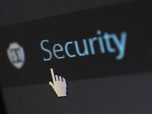 9 Ways to keep your data safe online