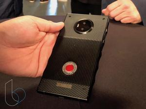 RED Hydrogen One hands-on: This is no ordinary smartphone
