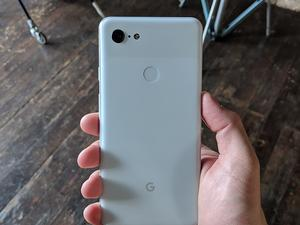 Leaked Pixel 3 Wireless Charging Stand Reveals Intriguing Functionality