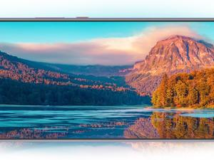 The Huawei Mate 20 X is Easily the Most Outlandish Phone of the Year