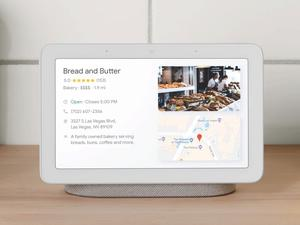 Google Home Hub is My Favorite Tech of 2018