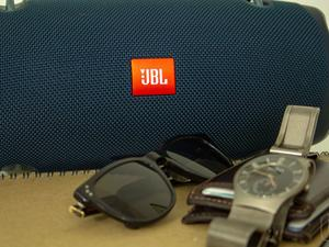 JBL Xtreme 2 review: Booty-Shaking Bass Comes at a Price