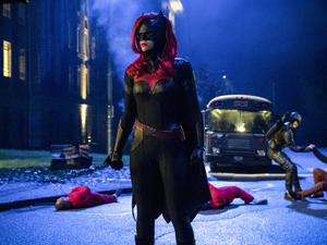 Batwoman: CW Orders Pilot Episode Helmed by Game of Thrones Director