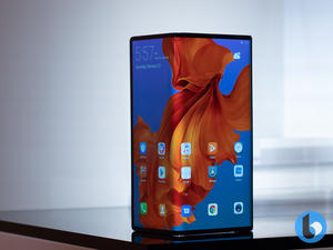Hands on: the Huawei Mate X is a crazy foldable 5G phone