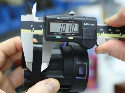 Get the most precise measurements with the best digital calipers
