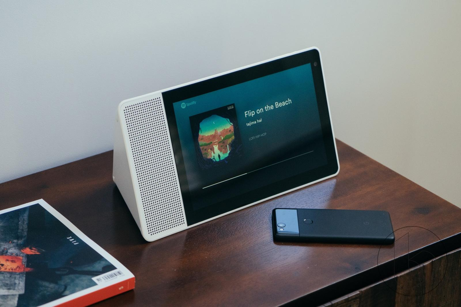 Lenovo Smart Display review: Every Living Room Should Have
